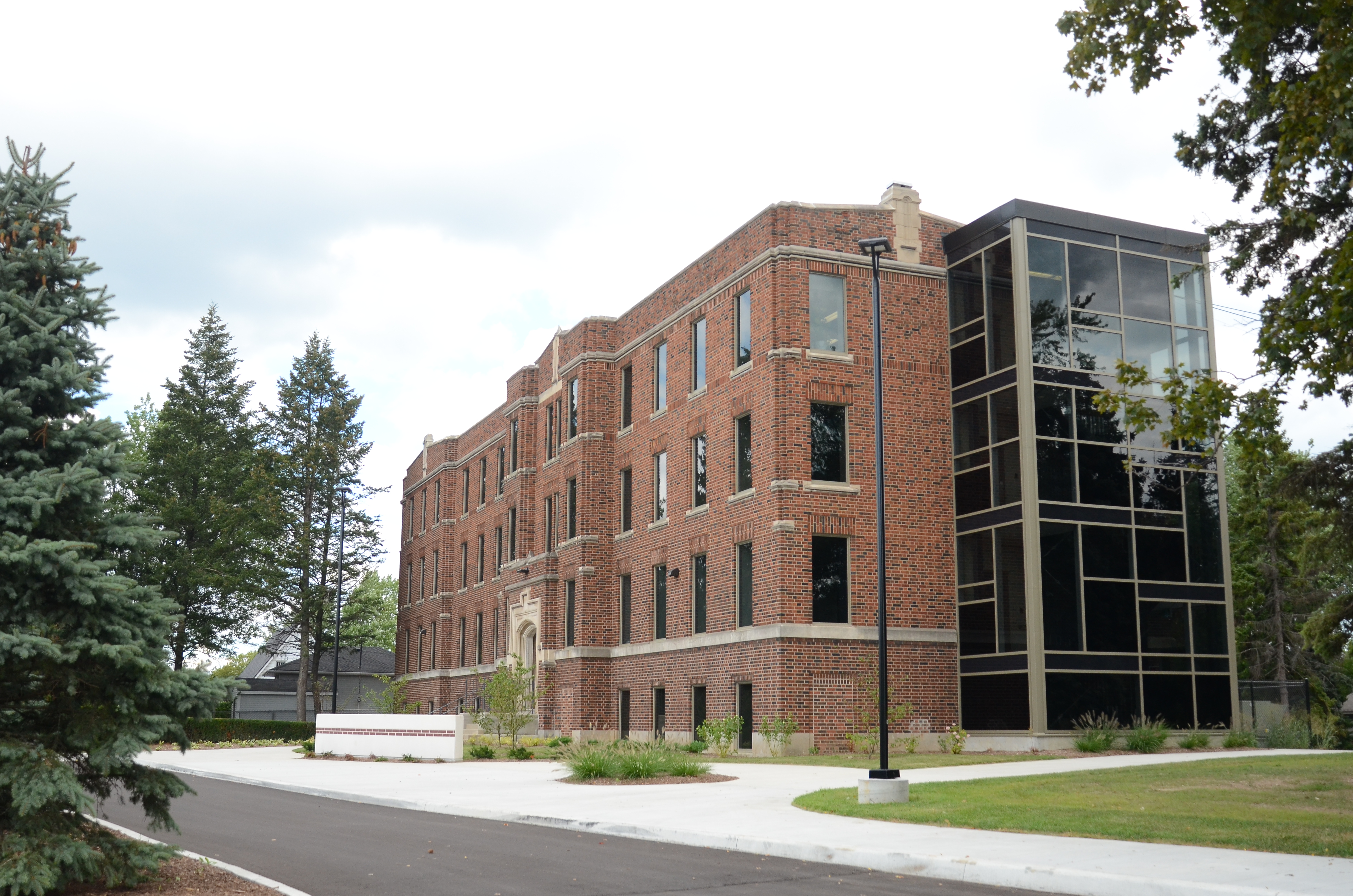 Last month Columbia International College opened a new academic