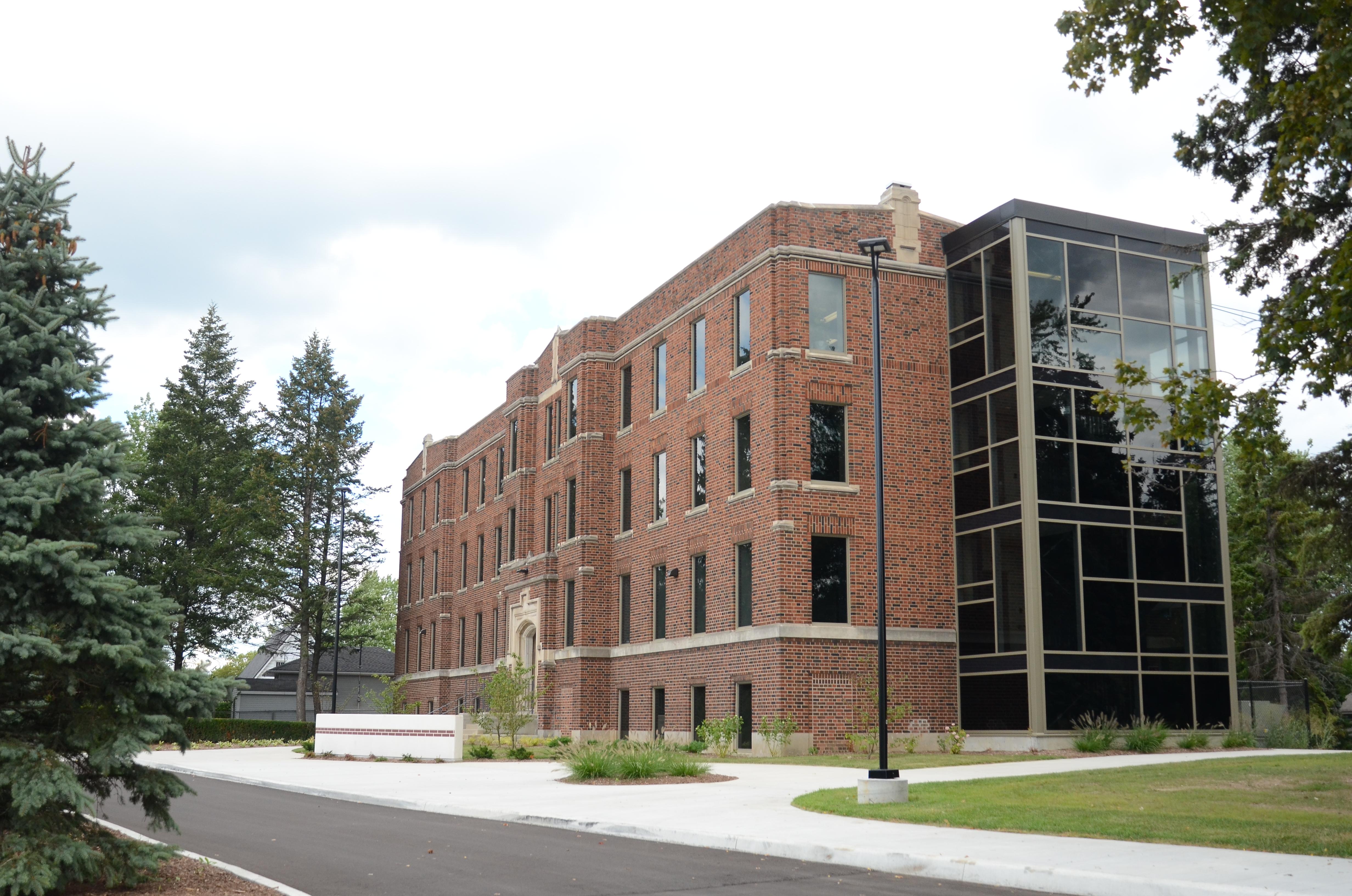 New Esl Building Opens Columbia International College